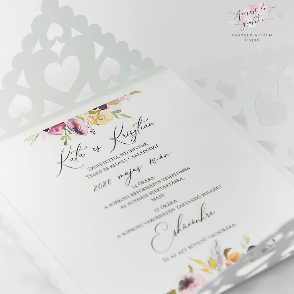 Vágott Csipkés Négyzet Alakú Esküvői Meghívó Szívekkel